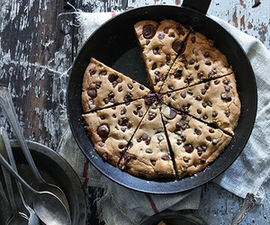 food, chocolate, and cookie image