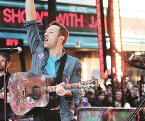 celebrity, Chris Martin, and coldplay image