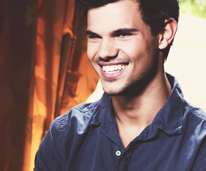 Taylor Lautner, boy, and Hot image