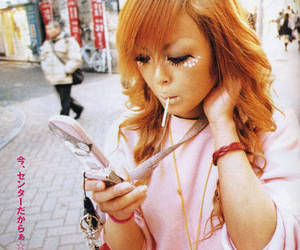 cell phone, gyaru, and japanese fashion image