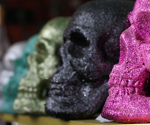 skull, glitter, and pink image