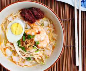 eggs, noodles, and seafood image
