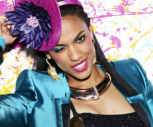 freema agyeman, the carrie diaries, and larissa loughton image