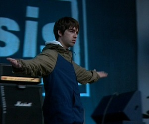 oasis and noel gallagher image