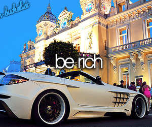 rich and car image