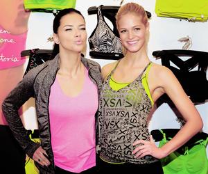 Adriana Lima, Erin Heatherton, and model image