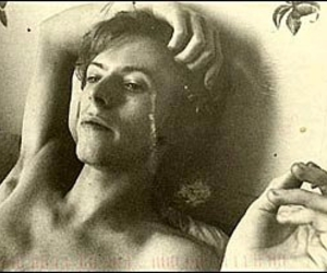 bed, david bowie, and smokeme image