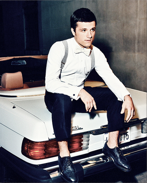 josh hutcherson, Harry Styles, and one direction image