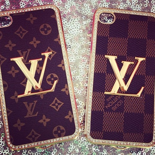 Louis Vuitton, iphone, and LV image