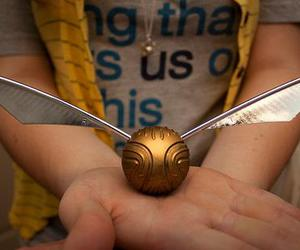 golden snitch, harry potter, and potterhead image