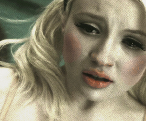 babydoll, emily browning, and blond image