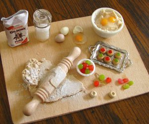 food, miniature, and art image