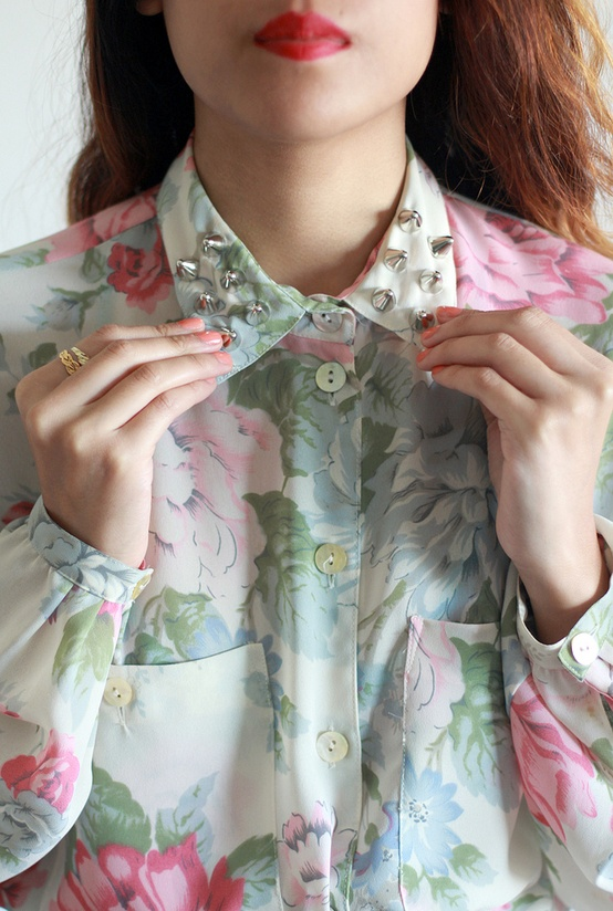 floral, collar, and shirt image