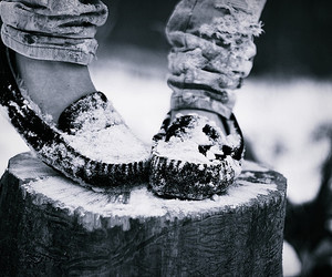 snow and shoes image