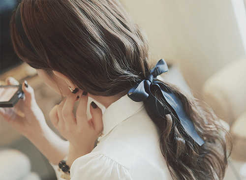 girl, hair, and kfashion image