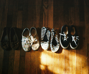 shoes, vintage, and vans image