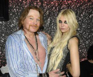 Taylor Momsen and axel roses image