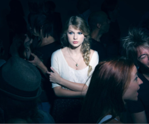 Taylor Swift, alone, and taylor image