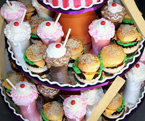 Burgers, Shakes And Fries Cupcakes
