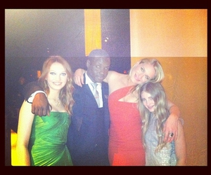 leven rambin, willow shields, and dayo okeniyi image