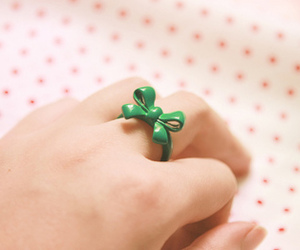 ring, green, and bow image