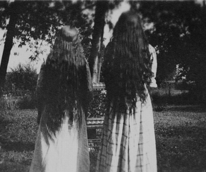 hair and sisters image