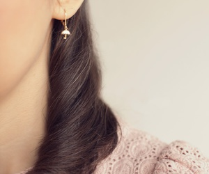 curl, earing, and gold image