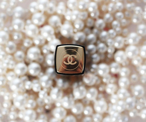 chanel, gold, and pearls image