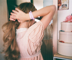 girl, vintage, and hair image