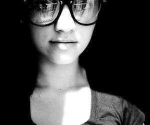 black and white, glasses, and lips image