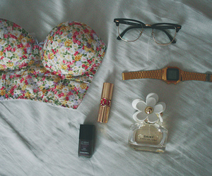 fashion, glasses, and flowers image