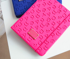 pink, marc jacobs, and ipad image