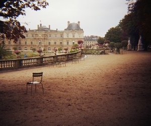 france and place image