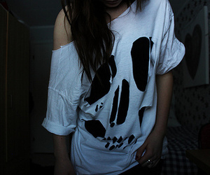 girl, skull, and shirt image