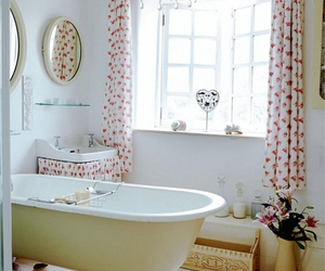 vintage, bathroom, and bathtub image