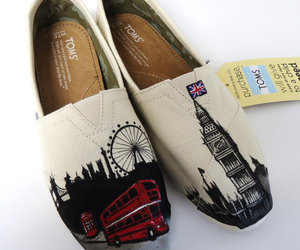 london and toms image