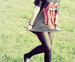 girl, fashion, and rolling stones image
