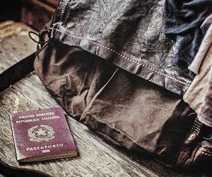 bag and passport image