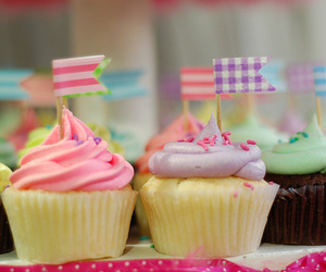 cupcakes, pastels, and pink image