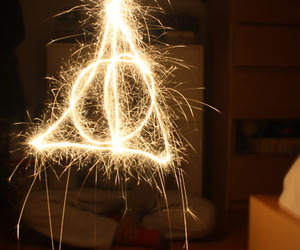 deathly hallows and harry potter image