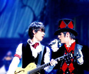 brendon urie, P!ATD, and ryan ross image