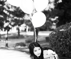 iu, kpop, and balloons image