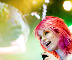 concert and hayley williams image