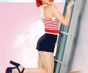 hayley williams, Pin Up, and sitting image
