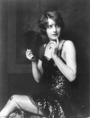black and white, 1920s, and flapper image