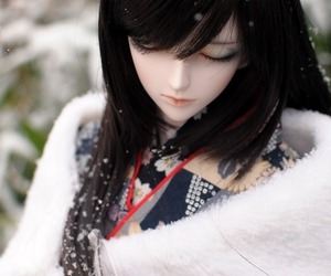 doll, snow, and bjd image
