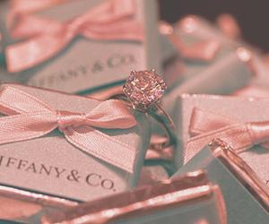 ring, tiffany, and pink image