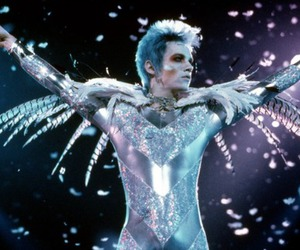 androgyny, david bowie, and glam image