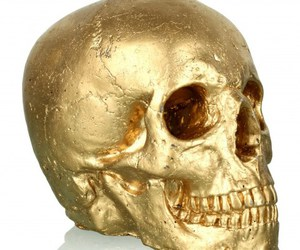 candle and gold skull image