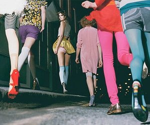 legs, tights, and meias coloridas image